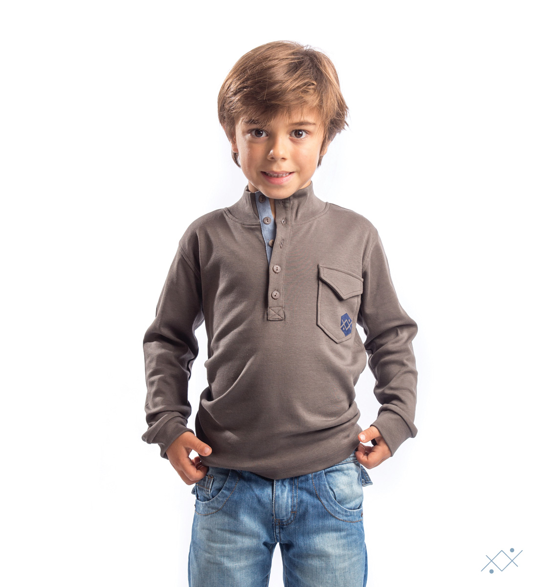 Kid´s long sleeve with 5 buttons and placket in light blue velvet - list