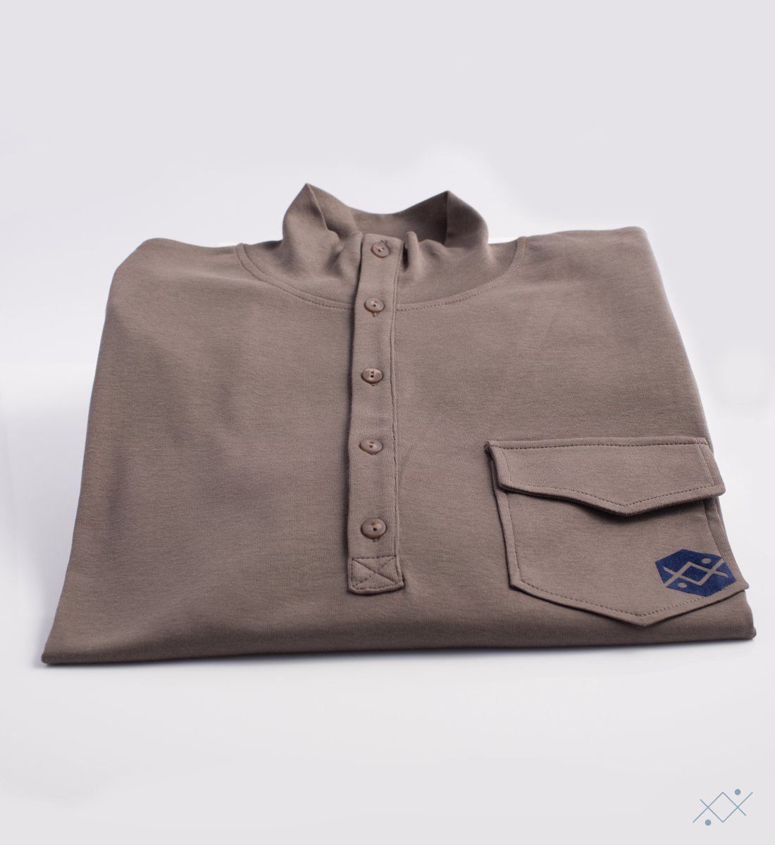 Men´s long sleeve with 5 buttons, placket in light blue velvet and raised collar - view2